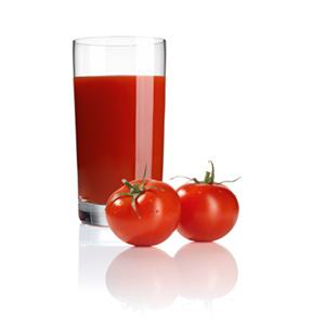 Receta de zumo de tomate con licuadora MES4000