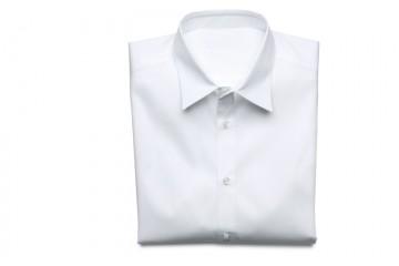 Puedo poner mi camisa favorita en la secadora