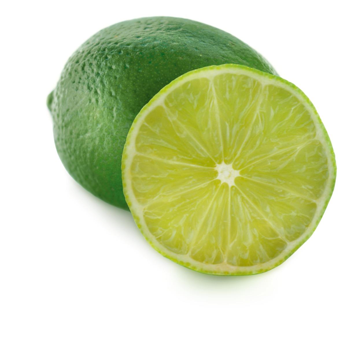 Zumo de lima para guacamole casero