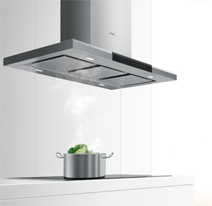 La campana de isla se puede instalar en medio de la cocina