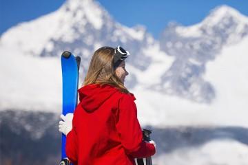 Tratamientos para cuidar el cabello después de esquiar.