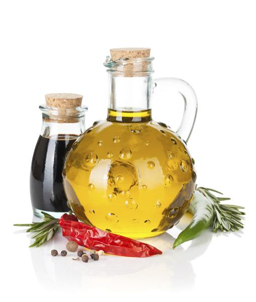 Te enseñamos a aromatizar aceite con ajo