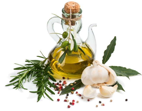 Aromatiza el aceite con especias