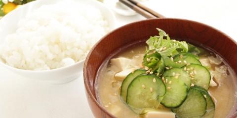 Descubre los beneficios que te ofrece la alimentación asiática
