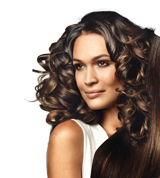 Fija el cabello con el secador ClassicCoiffeur