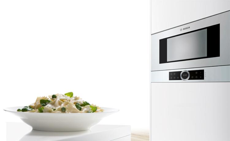 En el microondas la cocción es rápida y conserva los nutrientes de los alimentos.