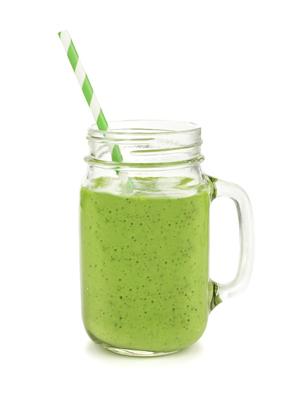 Los batidos detox de color verde son los más saludables