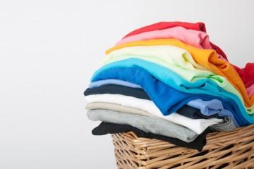 ¿Qué hacer cuando se deshace un pañuelo de papel en la lavadora?
