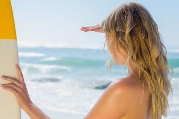 Ondas surferas en la playa