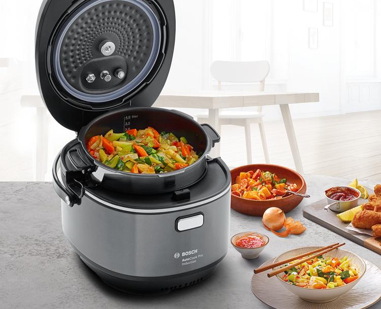 Cocinar con el robot de cocina AutoCook de Bosch