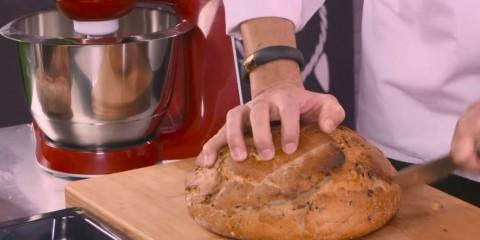 Receta de pan de aceitunas