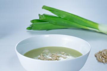 Vitaminas en la sopa de espárragos